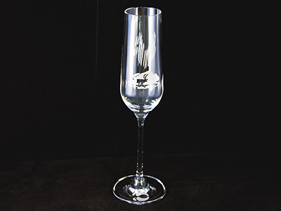 Champagne glass Lapland mountains